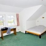 Attraktive-Wohnung-in-Brake-Schlafzimmer