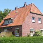 Brake-Einfamilienhaus-mit-Garten