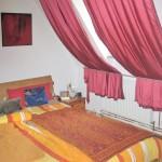 Doppelhaushaelfte-in-Brake-mit-Sonnenterrasse-und-Balkon-Schlafzimmer