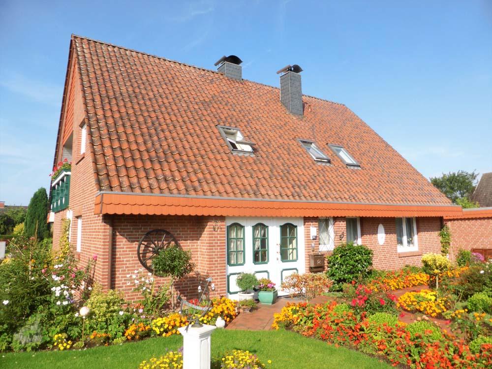 EFH-mit-Einliegerwohnung-Wohnhaus