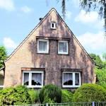 EFH-mit-Wintergarten-Brake-Hausansicht