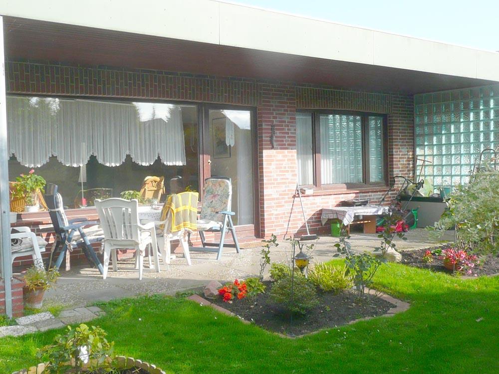 Ebenerdige-Wohnung-mit-Suedgarten-Brake-Sued
