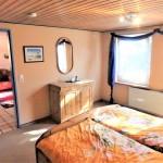 Einfamilienhaus-im-historisch-gewachsenen-Dorf-Alse-Schlafzimmer