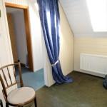 Einfamilienhaus-in-Brake-mit-viel-Wohnflaeche-und-grossem-Garten-Gaestezimmer