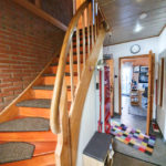 Einziehen-und-wohlfuehlen-in Brake-Treppenaufgang