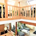 Galeriehaus-in-Elsfleth-Treppensicht