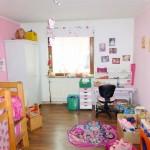 Gaststaette-mit-Wohnraum-in-Elsfleth-Kinderzimmer