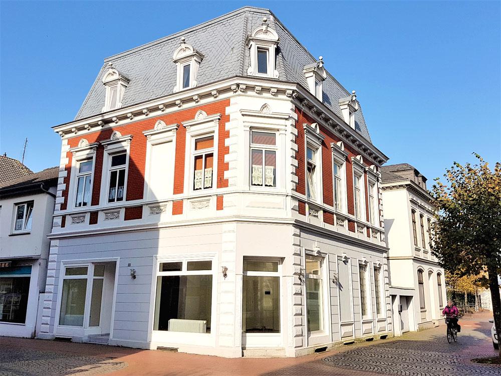 Historisches-Wohn-und-Geschaeftshaus-Brake