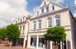 Historisches-Wohngeschaeftshaus-Gebaeudeensemble
