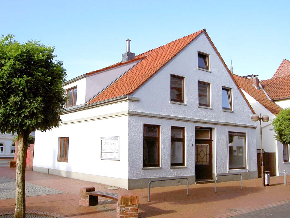Huebsche-ebenerdige-Stadtwohnung-in-Brake-1