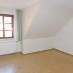 Obergeschosswohnung-mit-Balkon-Schlafzimmer