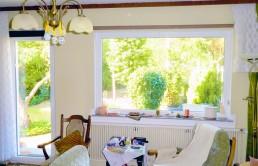Reihenendhaus-mit-grossem-Grundstueck-Wohnzimmer