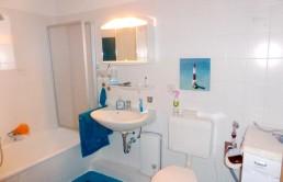 Schicke-Seniorenwohnung-mit-Balkon-und-Lift-Bad