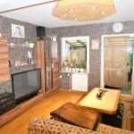 Schoene-Doppelhaushaelfte-mit-Garage-und-grossem-Garten-Wohnzimmer-1
