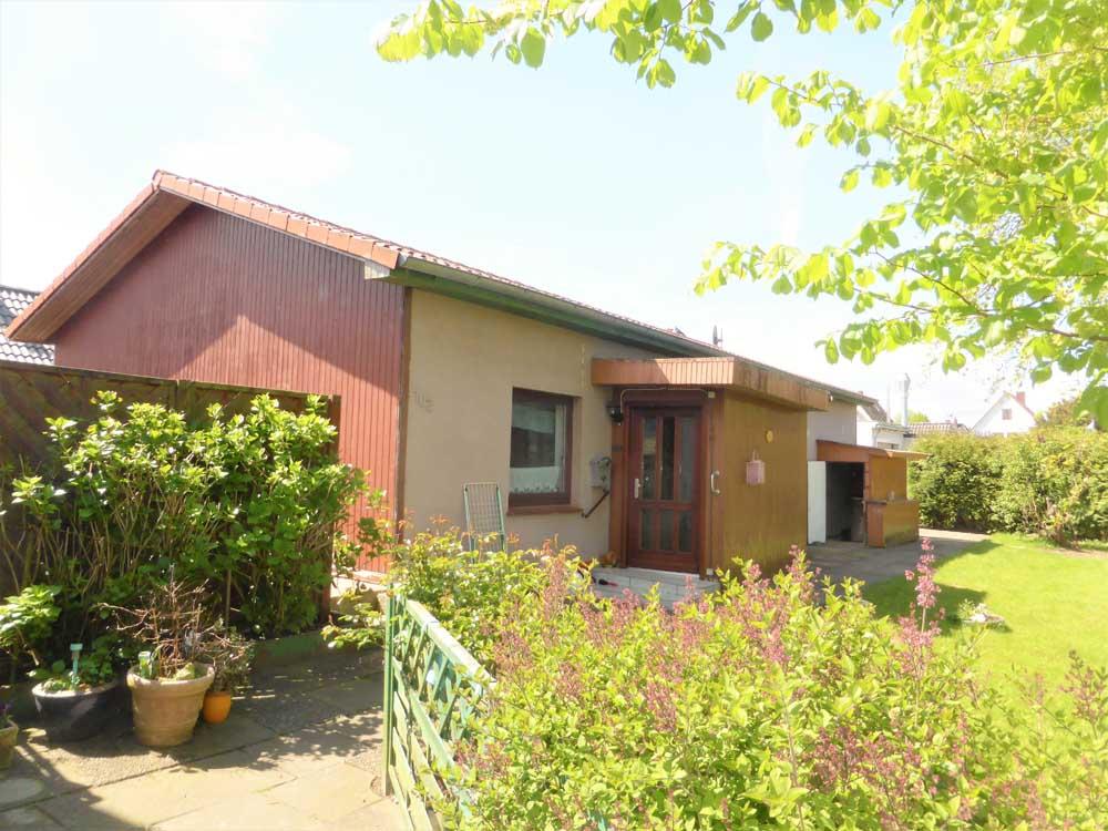 Wohnhaus-Brake-Sued-Naehe-Weserdeich-Haus