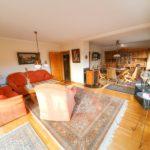 Wohnhaus-Brake-in-schoener-Lage-Wohnzimmer-2