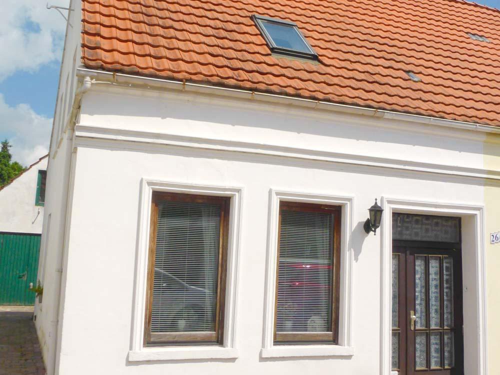 Wohnhaus-in-Brake-nahe-der-Weser-Hausansicht-quer