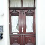 Zweifamilienhaus-Kapitalanleger-Brake-Eingangstuer