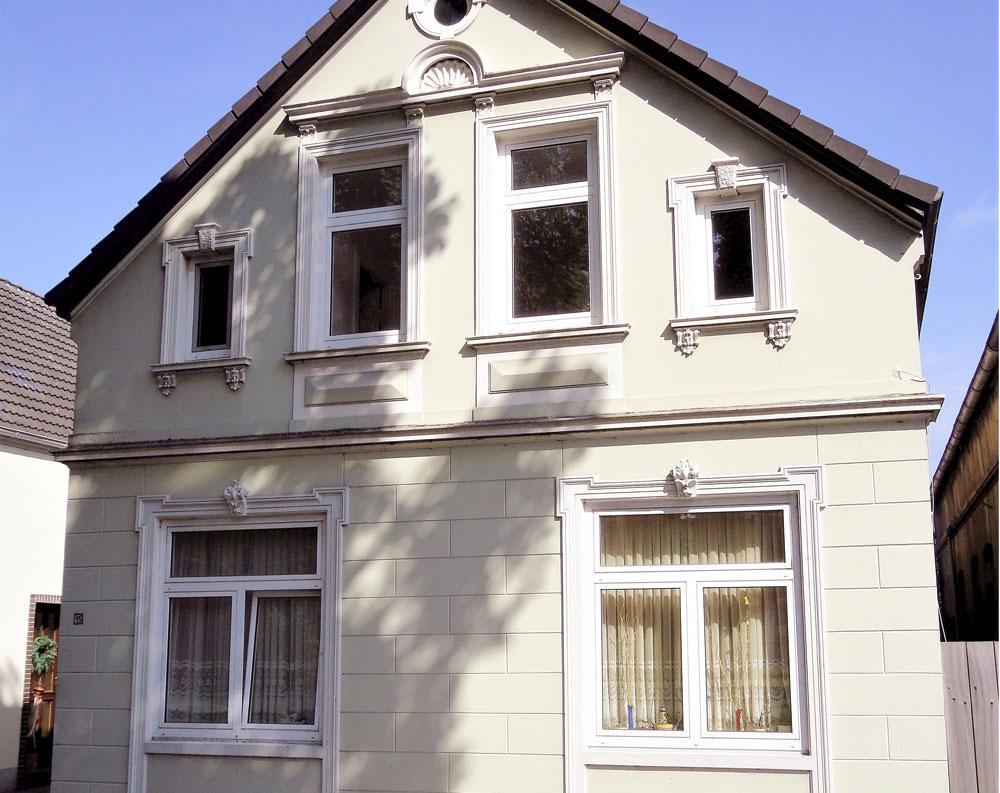 Zweifamilienhaus-Kapitalanleger-Brake-Fassade-quer